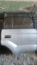 дверь задняя  правая на Toyota Land Cruiser Prado 95