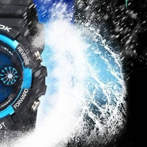 Продам водонепроницаемые часы + подарок бесплатно!