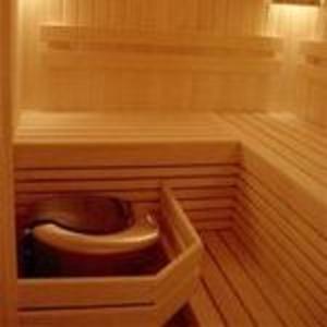 изготовление лестниц,  бан,  саун и беседок  из дерева