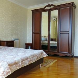 3-комнатная квартира посуточно,  Розыбакиева 289А — Аль-Фараби