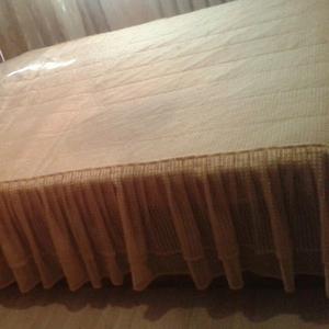 Срочно продам отличную двухспальную кровать