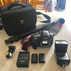 Canon EOS 5D Mark III 22.3 MP DSLR.