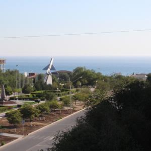 3 комнатная квартира подъездный дом с видом на море 9 микрорайон 4 дом