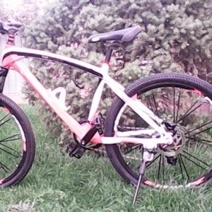 Продаю новый велосипед BMW