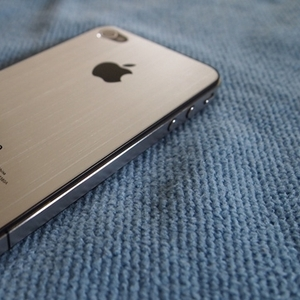 For sale:Apple iPhone 5, Apple iPhone 4s 64gb.....buy 2 get 1 free
