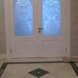 Профессиональная установка межкомнатных дверей.