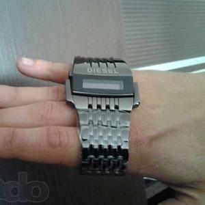 Легендарные часы Diesel «ХИЩНИК» с доставкой по Казахстану!  От интерн