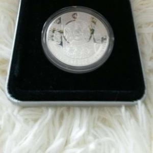 продам серебренную монету,  номиналом 500 тенге 2010 года